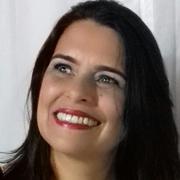 Lúcia Cláudia Gama Oliveira