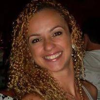Daniella Santos