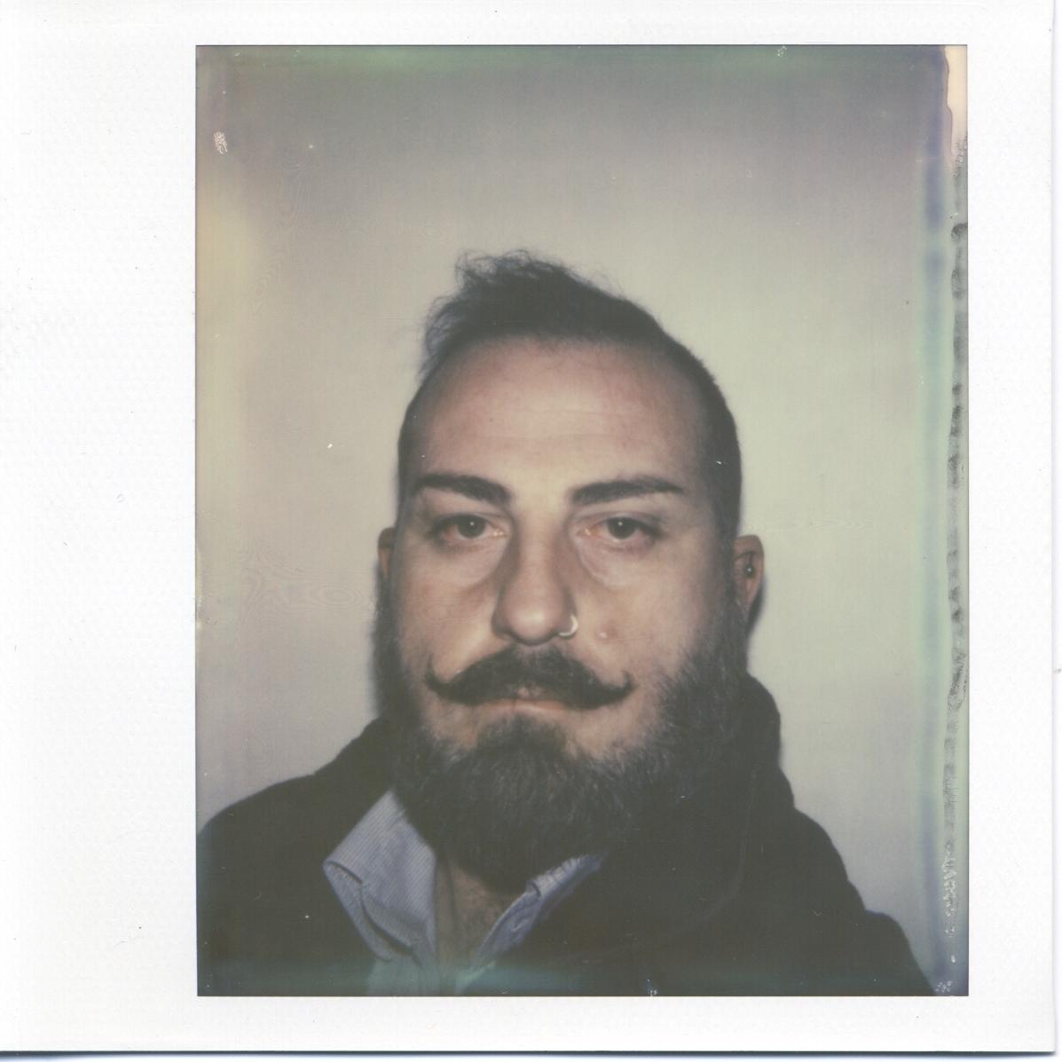 Hank Bukowski (Stefano Ricciuti)