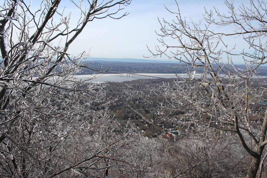 Mt Beacon in March (2011)