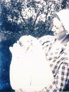 1918 Lois and Cretie