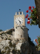 Castello dei Conti di Modica - Il torrione_sud con l'orologio del sec. XVIII