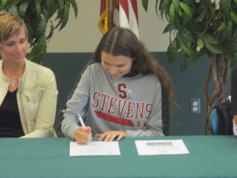 Anna Vidovich (Class Of 2017) Signs With Stevens Institute Of Technology Women's Soccer