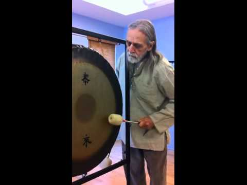 GongMaster Don Conreaux teaches Slur and Tie within the Tai Loe of the gong
