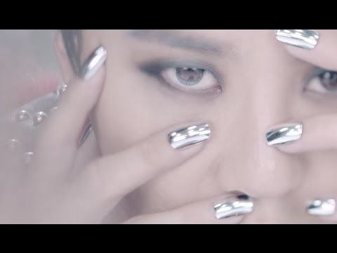KPOP Nails: XIA 시아 준수 - 꽃 (FLOWER ) Chrome Toe Nails