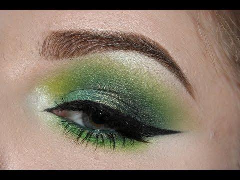 Green smokey eye ♥