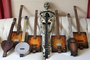 My skeleton guitar (and some 3-strings)