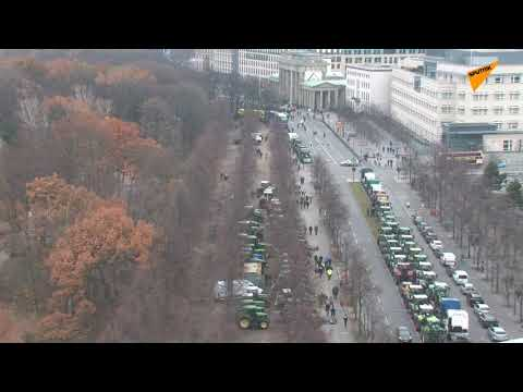 LIVE: Thousands of Tractors Block Traffic in Berlin As Farmers Protest New Agricultural Policies