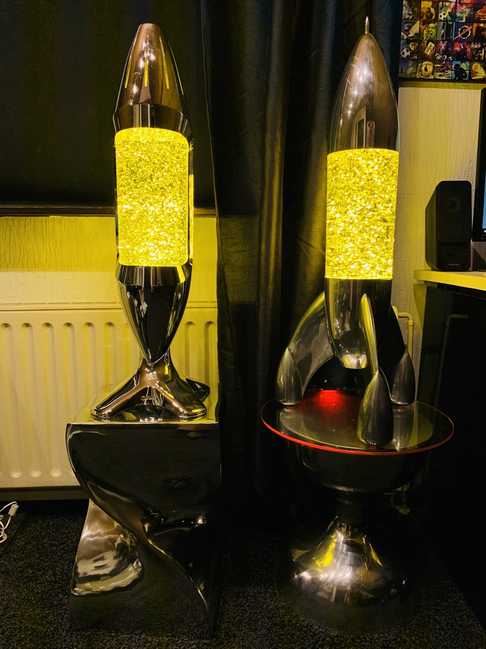 iO and Lunar with yellow Glitter Bottles