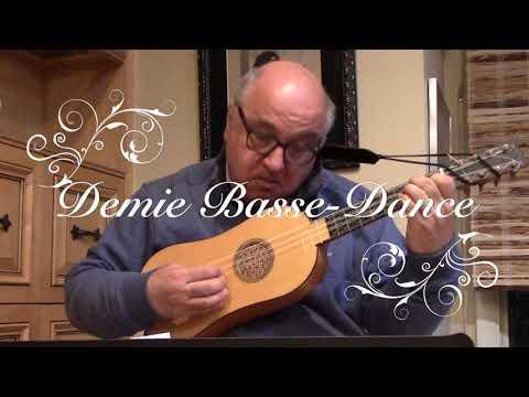 3 Dances based on Il Estoit une Fillette by Janequin for Renaissance Guitar