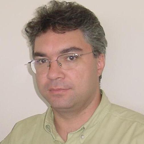 Decio Escobar de Oliveira Ladisl