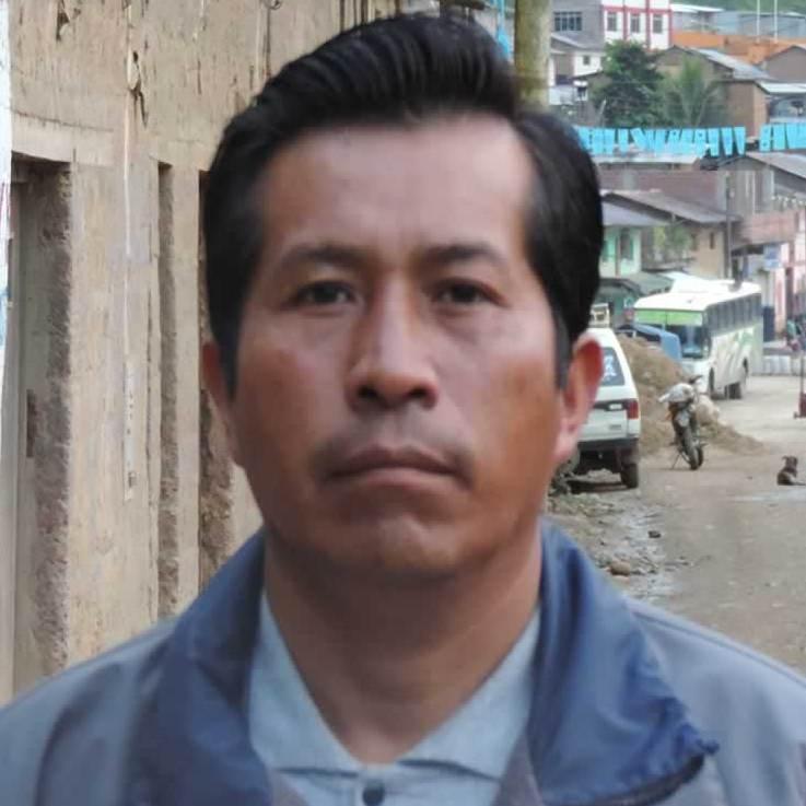 Isidro Flores