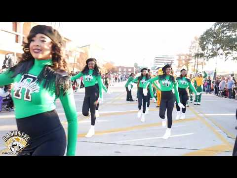 Park Forest Middle@2019 Christmas Parade(Judges Performance)