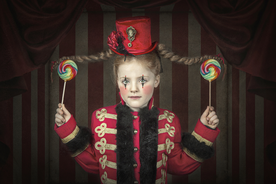 Little Circus girl
