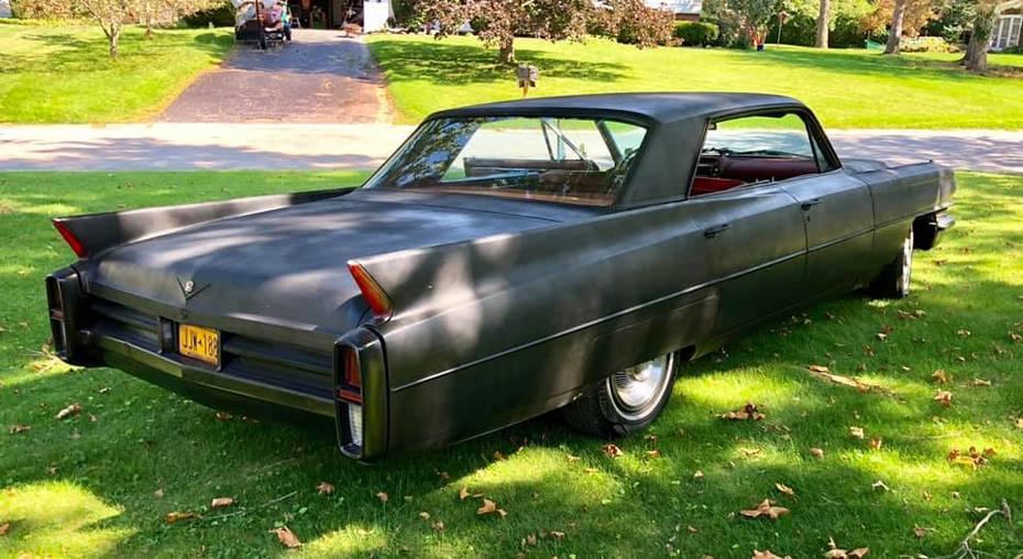 1963 Caddy Sedan 8