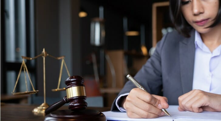 _2019_08_08.06.19-dd-best-states-for-lawyers