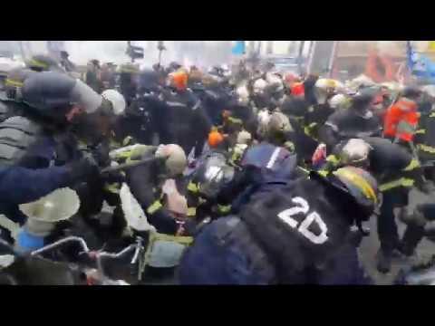 France: Firefighters vs Cops