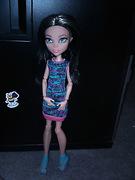 Cleo De Nile Family Doll (full body shot)