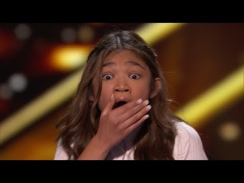BUZZEZEVIDEO ANGELICA HALE FANS A.G.T. THE CHAMPIONS FIGHT SONG
