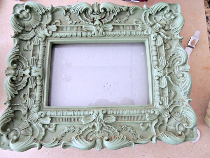 FRAMING ON A BUDGET: PART 4 Repairing A Plaster Frame - My