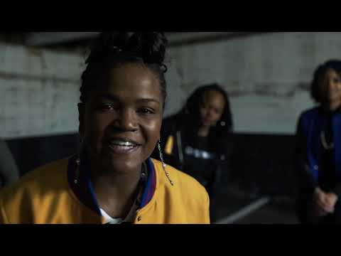 Round 2 of the Rhymes N Roses Cypher! Featuring @aitheanomaly, @aasha_marie, @mrsb.angelique, and @…