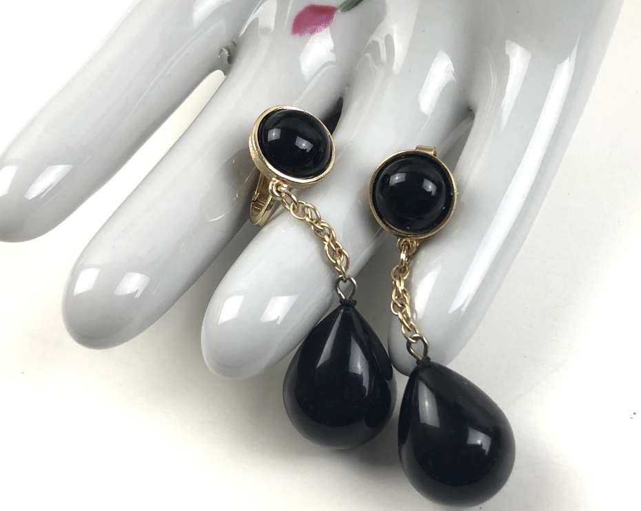 Crown Trifari Teardrop Dangle Earrings