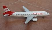 Hogan 1:200 Austrian A320