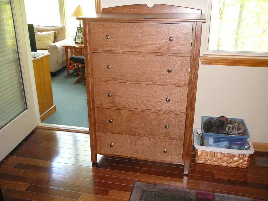 Oak chest of drawers 2020