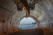 Προς την άκρη του τούνελ