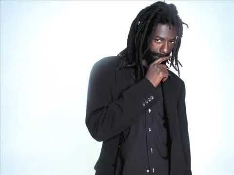 Buju Banton - Money Cant Buy Love   (Audio December 2018)