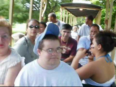 La Trilla en el Tren / Día Familiar -Parque Monagas,Ponce. Miguel_Conesa_Osuna.wmv