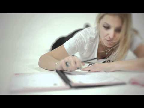 Fernanda Mello - Crônicas Digitais : Com que letra eu vou