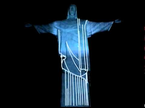 Mapping projection on the Christ, Rio, by Fernando Salis.wmv