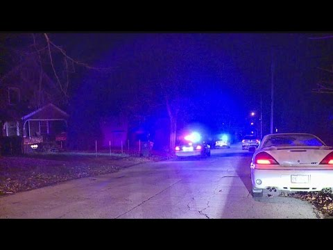 Police: Youngstown firefighter shot