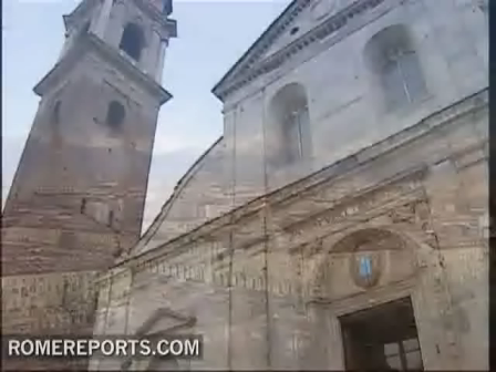 Vatican researcher discovers Jesus death certificate on Holy Shroud