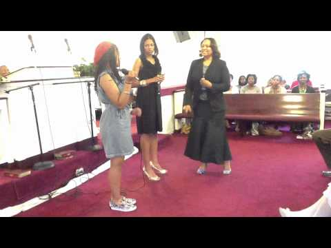 """""""It's In My Heart To Serve The Lord"""" Evangelist Connie Portee"""