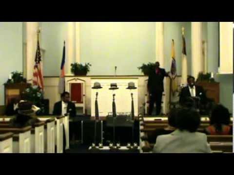 Preacher Pap @ New Life Pt2