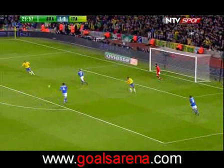 Video - Brazil 2 - 0 Italy - Robinho