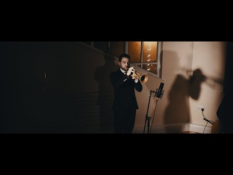 Flash Mob Jazz - Wrap Up Your Troubles In Dreams ft Sky Murphy