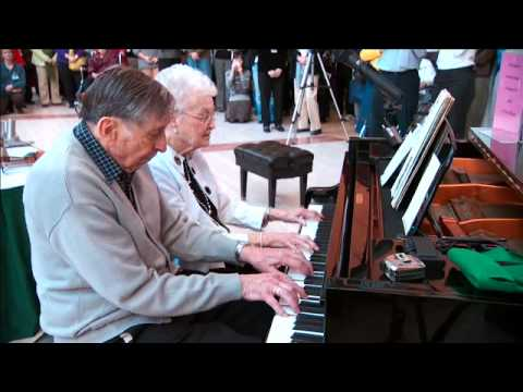 Random Act of Happiness (elderly couple at Mayo Clinic piano)