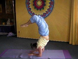 Advanced Headstand and Scorpion - Shirshasana Yoga Asana