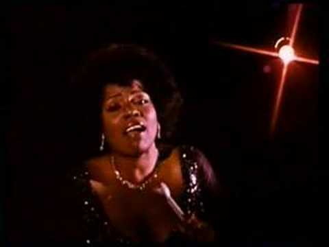 GLORIA GAYNOR  I Will Survive  Classic Anthem