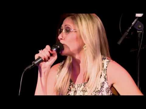 BeX LIVE at the BEDFORD - Wake Me Up - (Avicii Cover)