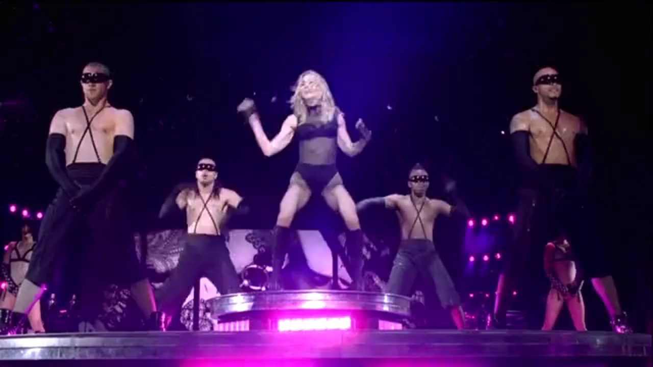 Madonna - Vogue (Sticky   Sweet Tour)