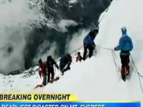 Mount Everest Avalanche 12 Climbers Dead in Deadliest Avalanche Ever on Mount Everest   VIDEO
