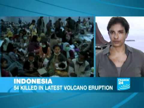 INDONESIA - VOLCANO: Dozens killed in latest Mount Merapi eruption