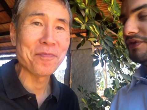 Keibo Oiwa - Ringrazia l'Italia e il Movimento 5 Stelle