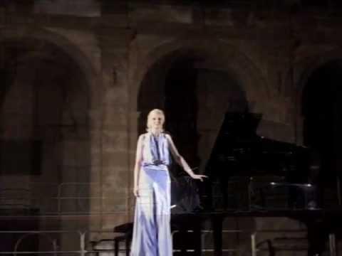 Violetta Egorova plays Scriabin Prelude op.11, n.6
