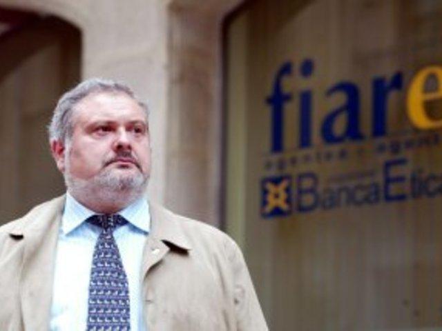 PERU SASIA - Entrevista al Presidente de FIARE, Banca Ética y Ciudadana