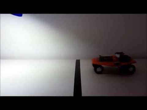 Vehiculos Braitenberg con un robot móvil básico